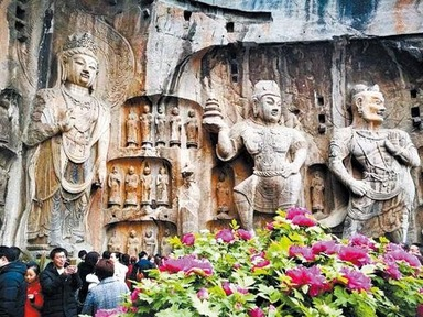 The Longmen Grottoes wows visitors by its high-tech innovations