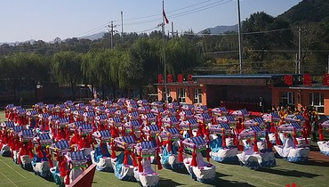 """""""Praising for the Reform and Opening-up and Celebrating the Chinese Farmers' Harvest Festival"""" – Hundreds of Land Boats Competing in Yanqing"""
