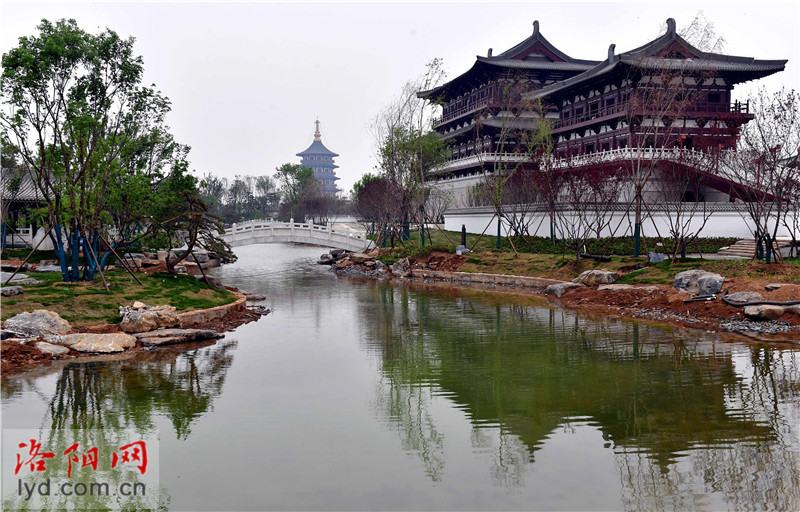Admission to Jiuzhouchi Scenic Area is Priced at 60 yuan
