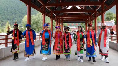 International Youths Enjoy Their Time in Feng County of China