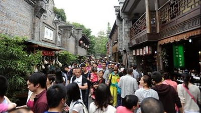 Tourism numbers see steady rise_fororder_1c6f6506c5d51430f26801