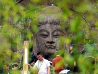 China's Longmen Grottoes introduces full-coverage 5G network_fororder_CqgNOl1ofiaAVrW2AAAAAAAAAAA28.600x418