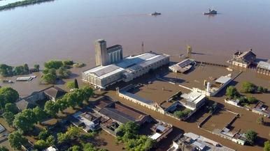 南美洲持续降雨导致洪灾 秘鲁遭洪水袭击4人死亡_fororder_timg