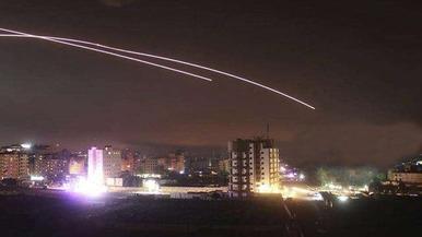 以色列空袭叙首都和巴境内数十个目标_fororder_timg (6)