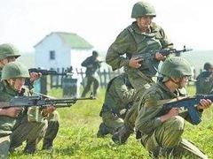 俄东部军区在千岛群岛举行大规模演习_fororder_timg (16)