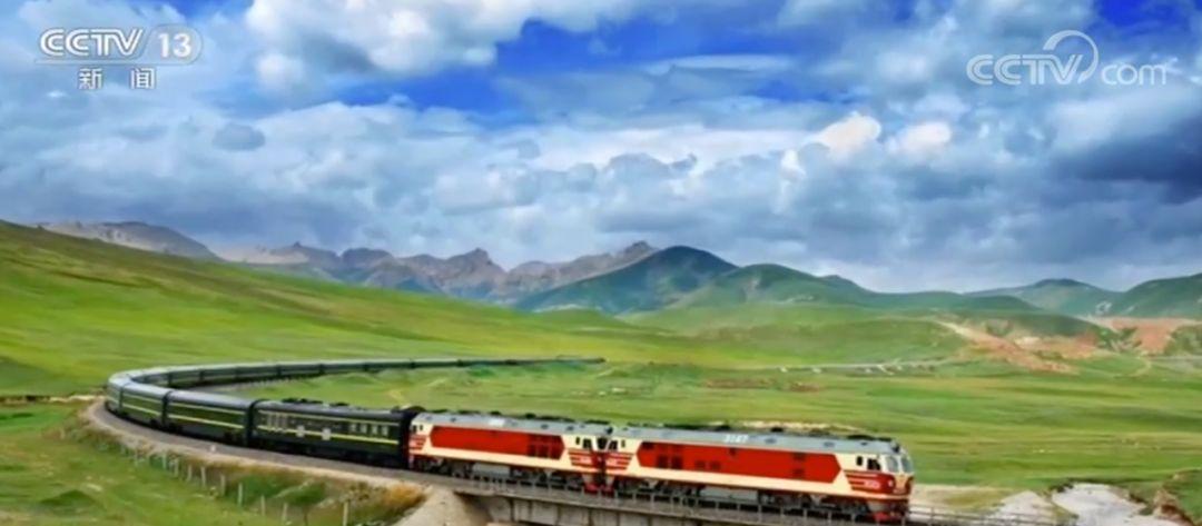 「央视新闻」为了这条百年铁路,他从北京徒步走到了张家口……