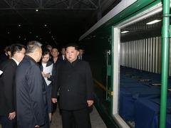 朝专列送中国遇难者遗体和伤员回国